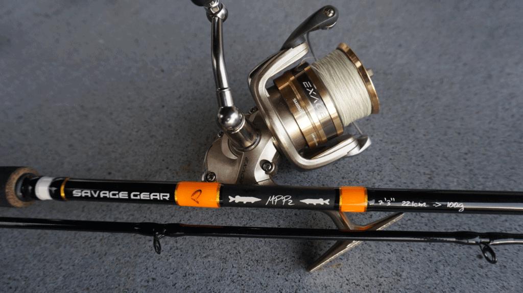 Fiskestang og fiskehjul til geddefiskeri. Savage gear mpp2 fiskestang. Shimano exage fiskehjul.